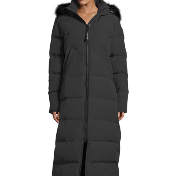 Canada Goose Long Hooded Puffer Parka Coat